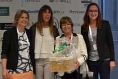 La empresaria Joana Amat ganó el lote con los productos de 100% Natural en el sorteo final del Congreso