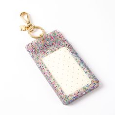 ummm YEAHHHH!! lucky charm travel ID purse clip for my next inspired travels around the world! <3 yes yes yes!  glitter, clear, luggage tag, kate spade, perspex, transparent, creative, sparkles!!