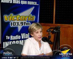 Hoy nos acompaña la periodista Nitu Pérez Osuna (@NituPerez) en los estudios de #Victoria1039fm para el programa #SoloConThaelman.
