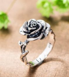 vintage thai silver rose promise ring http://www.jewelsin.com/p-eye-catching-silver-rose-fashion-ring-1371