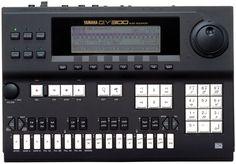 Yamaha QY-300