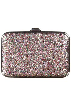 Glitter...hmmmmm idea for that old case. Hello NYE!