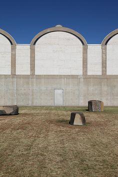 Fort Worth, Kimbell Art Museum (Louis I. Kahn 1972) 73
