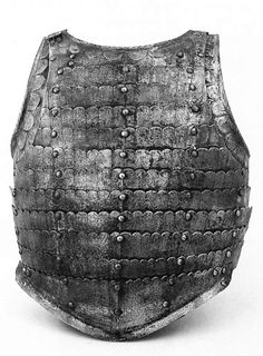 Anima/anime plate armor, this style of armor appeared in Italy in the first half of the 16th century, it is composed of multiple overlapping plates.