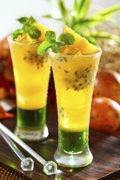 Los cócteles más deliciosos son los de maracuyá y no por menos a este alimento se le llama la fruta de la pasión.
