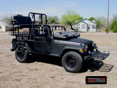 Jeep with dog cages, elevated hunting position, and game platform Hunting Truck, Texas Hunting, Quail Hunting, Dog Cages, Lifted Trucks, Jeep Wrangler, Rigs, Monster Trucks, Platform