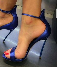 shoes, high heels, sandals, stiletto, Zapatos, scarpin, sandalias, одежда, платья, обувь, sapatos, scarpe, sandali, décolleté, tacchi alti, tacco 12, 女装, 高跟鞋, 婚 鞋, 쇼핑, chaussure, escarpins, sandale, talon, パンプス, 靴, schuhe, sandalen