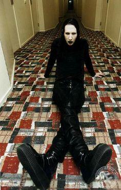 Antichrist Superstar imagery - The Marilyn Manson Wiki Marilyn Monroe, Marilyn Manson Makeup, Brian Warner, El Rock And Roll, Rock Y Metal, Charles Manson, Cultura Pop, Twiggy, The Villain