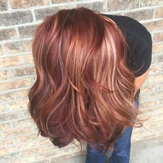 All the fall hair colors! Red, blonde, red violet, is opocopper fall hair. Spring Hairstyles, Pretty Hairstyles, Hairstyles 2018, Latest Hairstyles, Weave Hairstyles, Fall Red Hair, Fall Blonde, Cabelo Rose Gold, Gold Hair Colors