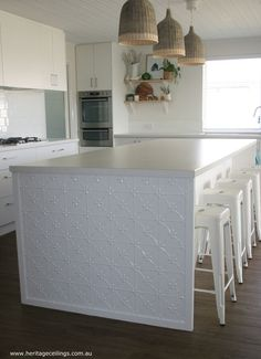 Fed up with your boring island bench top? Decorate the sides with pressed metal… Layout Design, Küchen Design, Interior Design, Design Trends, House Design, Kitchen Benches, Farmhouse Kitchen Decor, Metal Kitchen Island, Kitchen Splashback Tiles