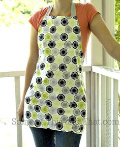Reversible apron that is easy to make! - Some of This and That - - DIY Apron! Reversible apron that is easy to make! Even a novice sewer can get this project done in about 30 minutes! Vintage Apron Pattern, Apron Pattern Free, Sewing Patterns Free, Free Sewing, Apron Patterns, Retro Apron, Dress Patterns, Aprons Vintage, Pattern Sewing