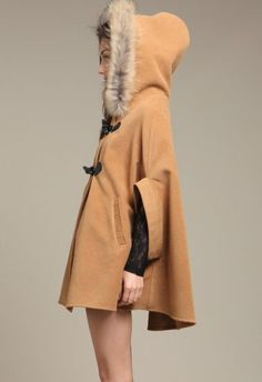 Shop Hooded Batwing Sleeves Buttoned Loose Camel Cape at victoriaswing, personal womens clothing online store! high quality, cheap and big discount, latest fashional style! Fall Outfits, Cute Outfits, Fashion Outfits, Ootd, Playing Dress Up, Mantel, Dress To Impress, Fashion Beauty, Winter Fashion