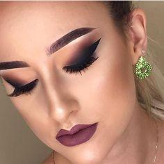 WEBSTA @ fashionistaoverdose - Maquiagem inspiração para essa sexta! ✨....#makeupartist #eyeshadow #maquiagem #loucaspormaquiagem #amomaquiagem #makeupdiva #makeuplovers #olhos #modablogueira #modaparameninas #modaparagarotas #modaparamulheres #maquiagembrasill #modafeminina #makeup #makeuppower #lovemakeup #makeuplover #makeuplove #makeuplook