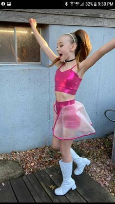 Girly Girl Outfits, Cute Little Girls Outfits, Young Girl Fashion, Little Girl Fashion, Chica Punk, Vestidos Color Rosa, Easter Outfit For Girls, Little Girl Leggings, Little Girl Swimsuits