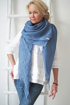 BYPIAS Linen Scarf / @bypiaslifestyle www.bypias.com