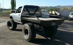 Picked up a beater comanche : Jeep Toyota Pickup 4x4, Toyota Trucks, Custom Truck Beds, Custom Truck Flatbeds, Mini Trucks, Pickup Trucks, Flatbeds For Pickups, Flatbed Truck Beds, Welding Trucks