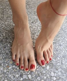 Pretty Toes, Pretty Nails, Foot Love, Love Nails, Barefoot, Sexy Feet, Instagram, Pedicure, Nail Art