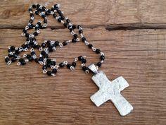 lange Kette cross Kreuz von moanda auf DaWanda.com