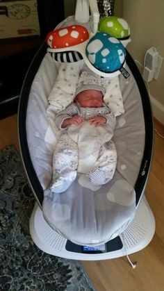 Because shopping online sure beats having to put on pants. Newborn Black Babies, Baby Boy Newborn, Nimo Rapper, Cute Baby Boy Photos, Baby Life Hacks, Baby Sheets, Baby Swings, Baby Hands, Baby Accessories