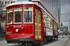 10 cidades para passear de bonde. Nova Orleans, Estados Unidos. Uma das principais atrações turísticas desta cidade é o passeio feito nesta histórica linha de bonde, a St. Charles Streeetcar, que mostra todo o charme de Nova Orleans.