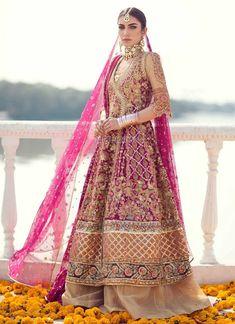 Farah Talib Aziz Bridal Collection 2018 – Niftilicious Asian Bridal Dresses, Bridal Mehndi Dresses, Bridal Dress Design, Wedding Dresses For Girls, Party Wear Dresses, Bridal Outfits, Indian Dresses, Indian Outfits, Bridal Lehenga