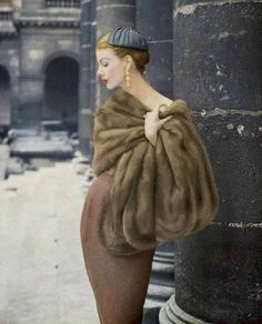 Model in Autumn Haze EMBA mink stole by Maurice Kotler, photo by Virginia Thoren, 1956
