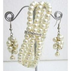 Ivory Pearls Rhinestone Stretchable Bracelet 3 Strand Dangling Earrings Jewelry Gift