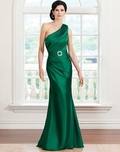 Sarah Danielle Style 5221 2012 season  Silk Dupion one shoulder with asymmetrical draping in a modified mermaid , Comes with a belt beaded buckle