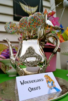 Alice in Wonderland / Mad Hatter Birthday Party Ideas | Photo 7 of 20 | Catch My Party