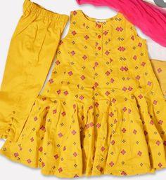 Girls Dresses Sewing, Dresses Kids Girl, Little Girl Outfits, Baby Girl Dress Design, Girls Frock Design, Baby Frocks Designs, Kids Frocks Design, Stylish Summer Outfits, Stylish Dresses For Girls