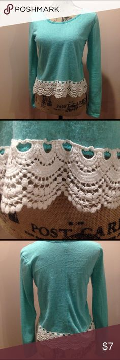 ✨ FINAL SALE✨Mint Knitted Lace Embellished Top Super cute and fun! Only worn once! Smoke free/Pet free home! Rue21 Tops Crop Tops
