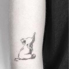 Elefantinho por @jakubnowicztattoo . . . . #tatuagemfeminina #tatuagembrasil #tattoofeminina #tatuagemdelicada #tatuagemtornozelo #minimalisttattoo  #traçofino #finelinetattoo #tattoobrasil #arte #artenapele #tattooinspiration #wowtattoo #linework #femaletattoo #ankletattoo #tattooed #tattooart #tattooartmagazine #tatuaje #tattoostyle  #smalltattoo #tatuagempequena  #armtattoo #tatuagembraço #tattooidea #cttoo