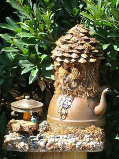 Pot o'tea fairy house - I have a teapot (no lid) that I can use for this with a rope or twig ladder!   Perfect!