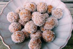 Carrot cake truffles