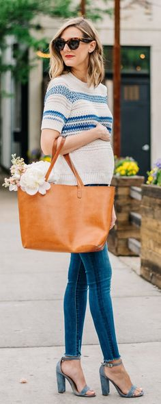 Gently used designer maternity brands you love at up to - Shop. Gently used designer maternity brands you love at up to Casual Maternity Outfits, Pregnancy Outfits, Mom Outfits, Maternity Wear, Maternity Fashion, Spring Outfits, Casual Outfits, Maternity Styles, Pregnancy Fashion