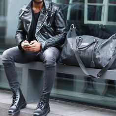 All Blvck #hoodsfashion ➖➖➖➖➖➖➖➖➖➖➖➖➖➖➖➖ Follow @mensluxuryfashions for more!