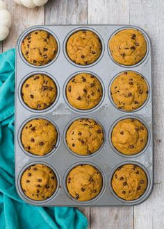 Grab this quick and easy, Healthy Kodiak Cakes Pumpkin Chocolate Chip Muffins for fall! Your whole family will LOVE them! boysahoy.com