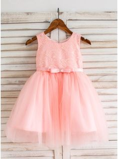 Ball Gown Knee-length Flower Girl Dress - Tulle/Lace Sleeveless Scoop Neck With Bow(s) (010093198) - JJsHouse
