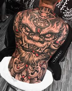 Japanese Back Tattoo, Japanese Dragon Tattoos, Japanese Tattoo Designs, Japanese Sleeve Tattoos, Dope Tattoos, Badass Tattoos, Leg Tattoos, Body Art Tattoos, Full Chest Tattoos