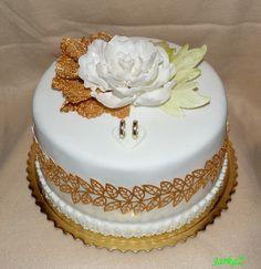 Small wedding cake in gold - malá svadobná torta v zlatom