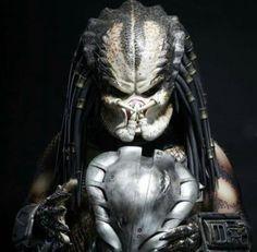 Predator Art, Sci Fi Horror Movies, Werewolf, Monster High, Geek Stuff, Batman, Sculpture, Superhero, Aliens