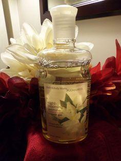 NWT Bath & Body Works Pleasures NIGHT-BLOOMING JASMINE Shower Gel 10 oz. Retired #BathBodyWorks