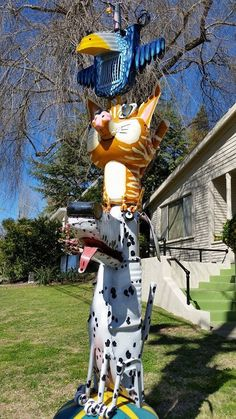 New Junk Art addition at 209 Florence Ave. Sculpture Art, Sculptures, Junk Art, Sonoma County, Recycled Art, Yard Art, Metal Art, Florence, Folk