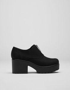 the best attitude bbb41 da782 Zapato tacón cremallera - Ver todo - Calzado - Mujer - PULL BEAR España  Rebajas Ropa Mujer