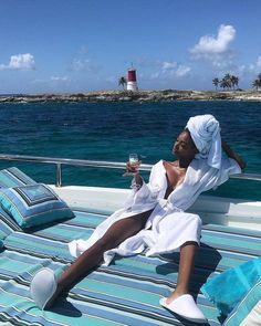 Boujee Lifestyle, Foto Glamour, Bougie Black Girl, Vacation Mood, Luxe Life, Black Girl Aesthetic, Travel Goals, Travel Pics, Travel Aesthetic