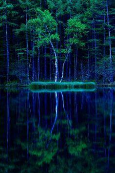 Mishaka Pond, Yatsugatake-Chushin Kogen Quasi-National Park, Chino, Nagano
