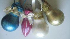 Light bulbs into Xmas tree ornaments