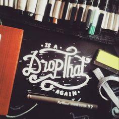 Work by @dictanara  #customlettering #typism #handdrawntype #calligraphyph #typetopia #handlettering #calligraffiti #handstyle #welovetype