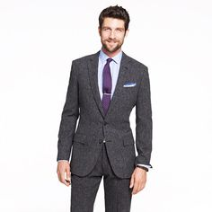 If I were a male MBA student then I would for sure have a J.Crew Ludlow suit in my wardrobe. It is a good value for money suit option in a variety of fabrics and colors. I know we don't have J.Crew in Europe, so when stateside try on a Ludlow for size. #thestylishmba #mbastyle