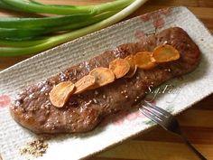 香蒜牛排 by Feng Lin Beef Steak, Beef Recipes, Sausage, Meat, Steaks, Tokyo, Food, Meat Recipes, Beef Steaks